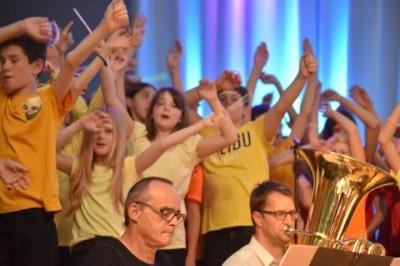 LET US ENTERTAIN YOU - Rock- und Popkonzert 2019 145